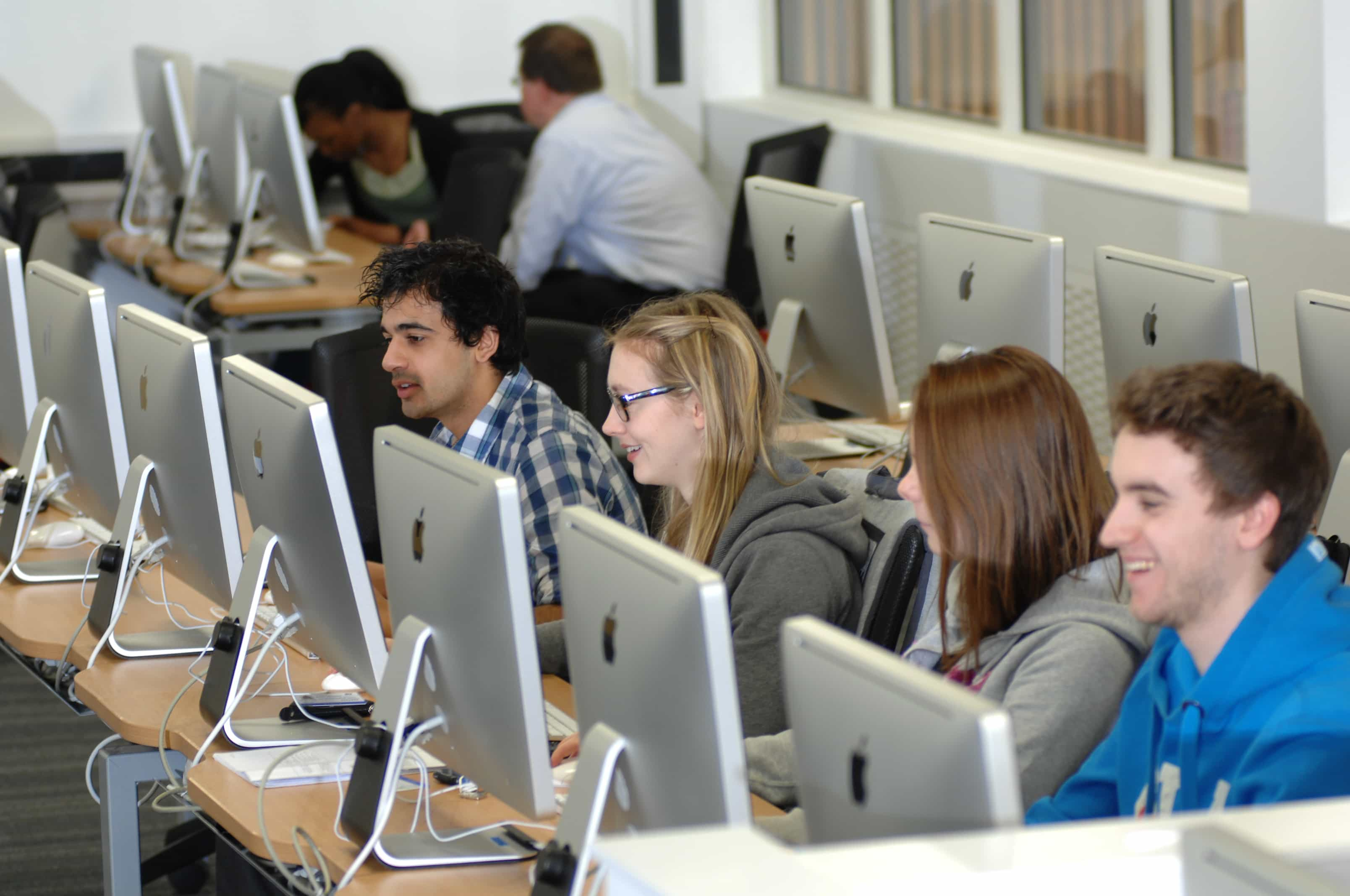 mastering computer skills If you are still nervous about taking the minutes of a meeting after reading this post, then it might be a good idea for you to enrol for a business administration or secretarial course at oxbridge academy to develop your skills further.